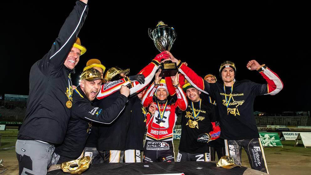 Smederna firar SM-guldet 2019.