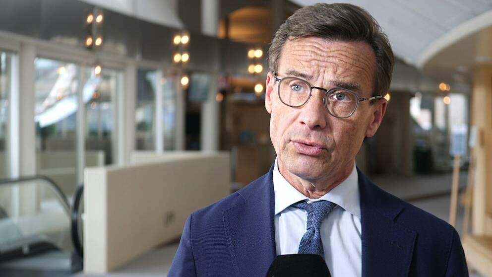 Moderaternas partiledare Ulf Kristersson intervjuas av SVT.