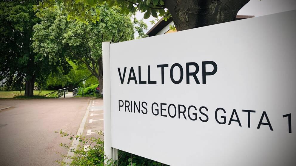 Valltorps vårdboende i Helsingborg, där hälften av hyresgästerna avlidit sedan covid-19 kom in på boendet den 22 april 2020.