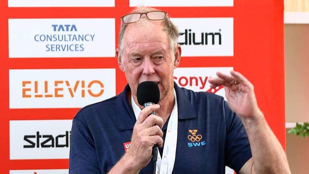 Wolfgang Pichler under en presskonferens inför Lidingöloppet.