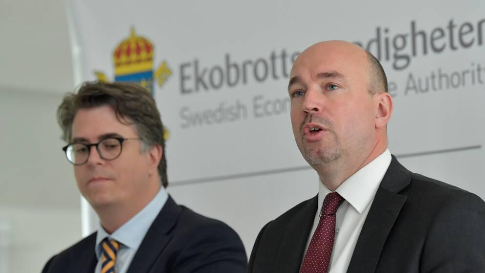 Mårten Hallsten, biträdande förundersökningsledare och Jerker Asplund, åklagare och förundersökningsledare. Ekobrottsmyndigheten.
