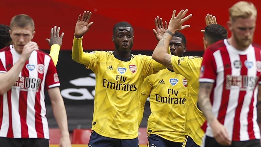 Nicholas Pepe (mitten) inledde målskyttet för Arsenal.