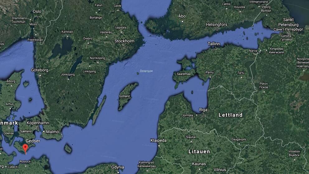 Den ryska Oscar II ubåten med kapacitet för kärnvapen befann sig söder om danska Gedser på torsdagseftermiddagen.