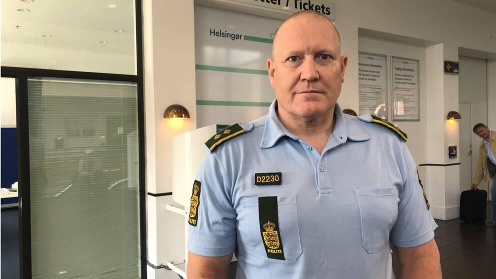 Dansk polis i uniform