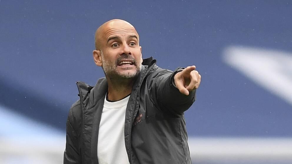 Manchester Citys tränare Pep Guardiola under en match.