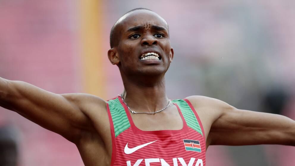 Tidigare värkdsmästaren Manangoi under tävling