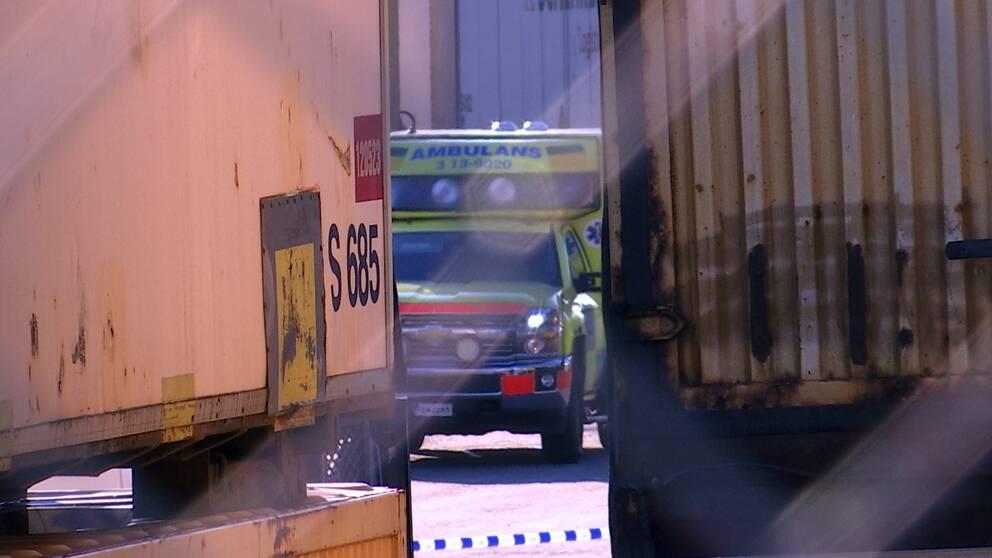 Ambulans inne på Sundsvalls kombiterminal