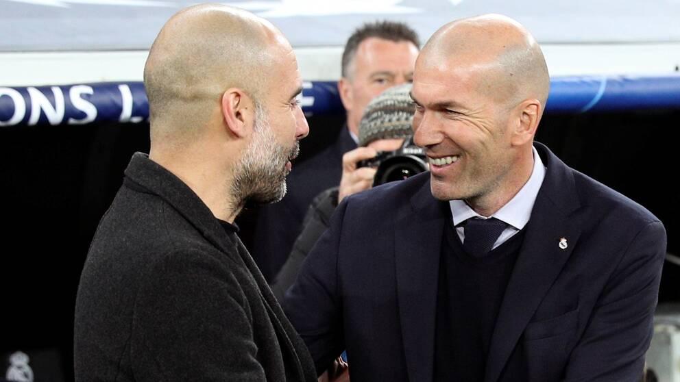 Pep Guardiola (vänster) är imponerad av Zinedine Zidanes taktiska förmåga.
