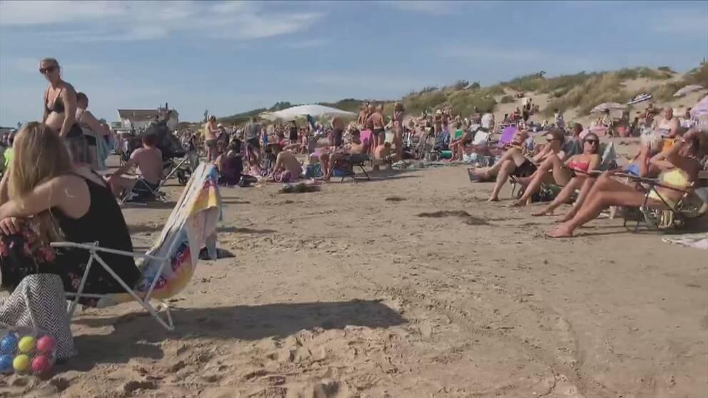 Så här såg det ut på Skrea strand under lördagseftermiddagen