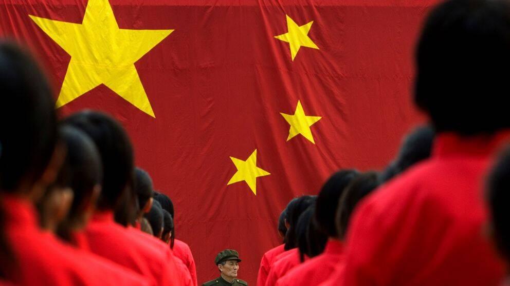 Kinesiska skolbarn ska forstras i patriotism och kinesiska värderingar.