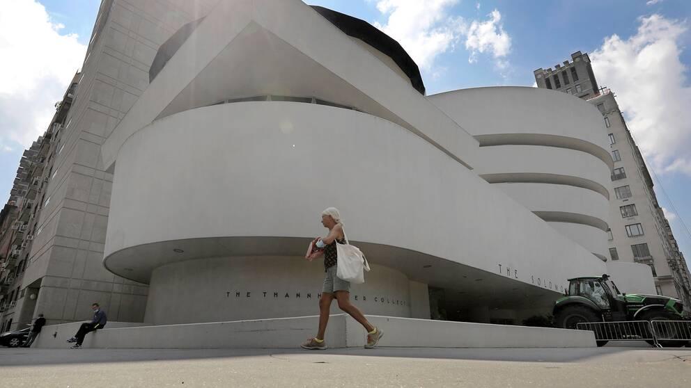 Guggenheimmuseet i New York har fått hård kritik för bristande mångfald. Nu vidtar museet åtgärder.