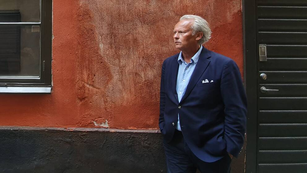 Klas Östergren mötte Kulturnyheterna för ett samtal om sin nya roman och sitt utträde ur Svenska Akademien.