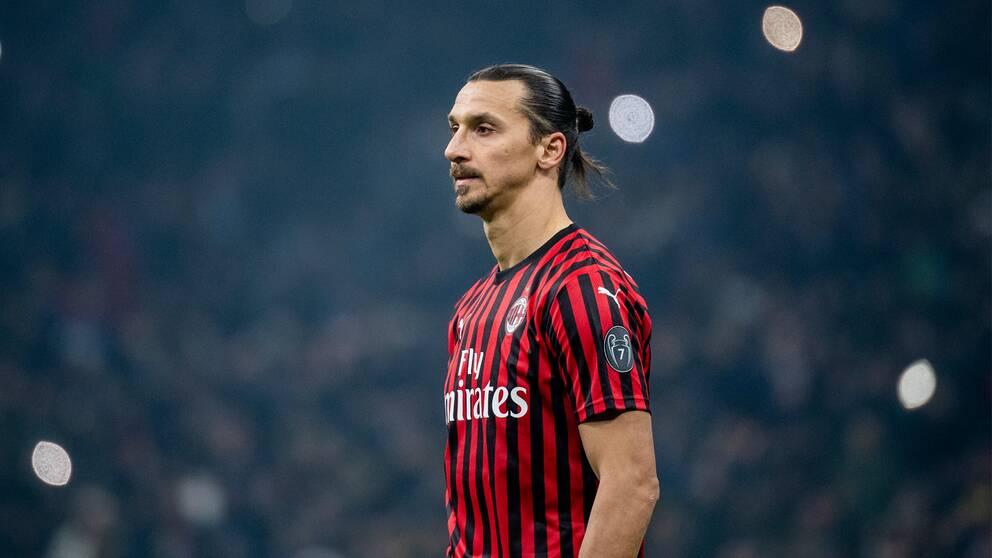 Milan hoppas kunna förlänga kontraktet med Zlatan Ibrahimovic inom kort, enligt sportchefen Paolo Maldini.