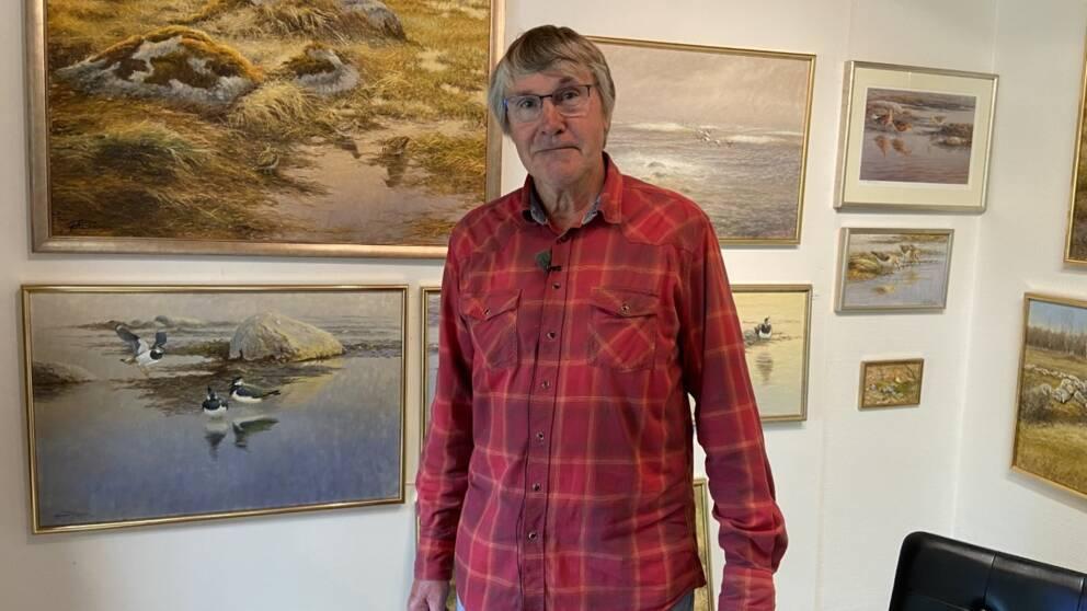 Konstnären Göran Petersson förlorar halva sin årsinkomst när skördefesten ställs in.