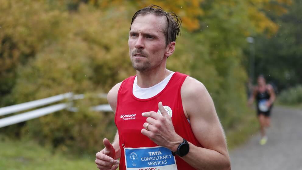 Johan Olsson springer Lidingöloppet
