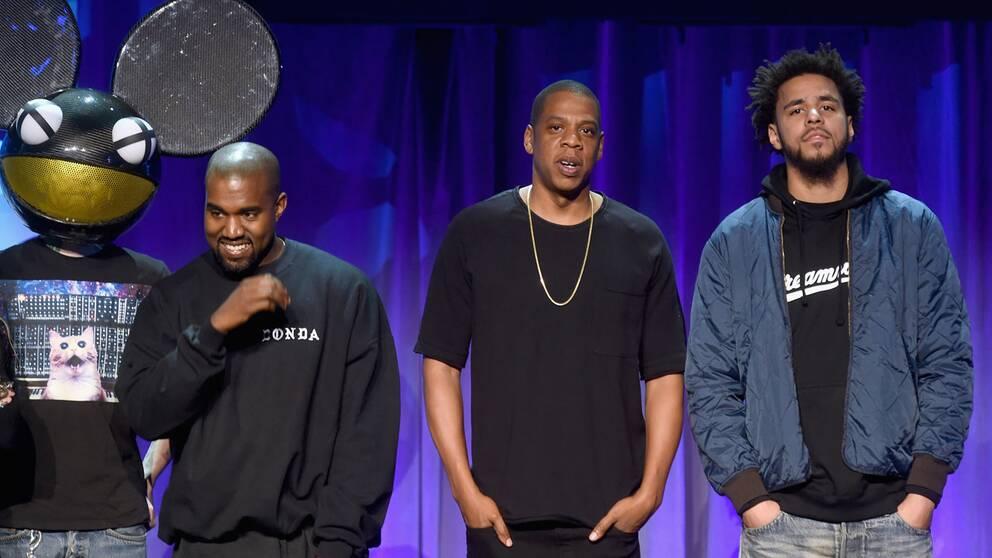 Deadmau5, Kanye West, Jay-Z och J Cole på presskonferensen för Tidal.