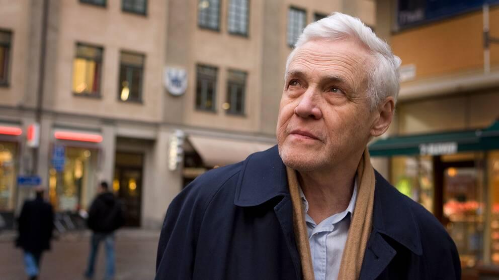 Carl-Henning Wijkmark prisades med Augustpriset 2007 för sin roman Stundande natten.