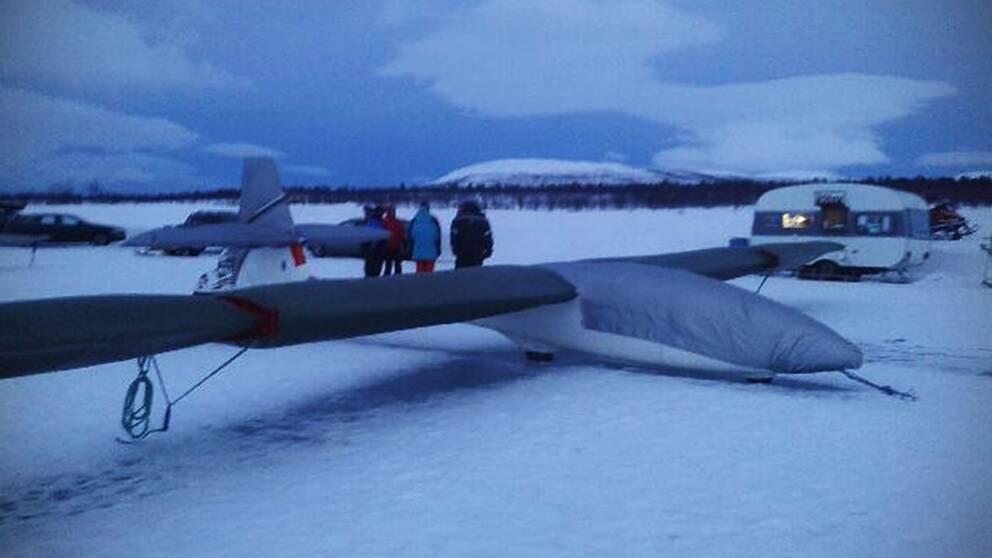 Bild från segelflygklubben varifrån de två flög.