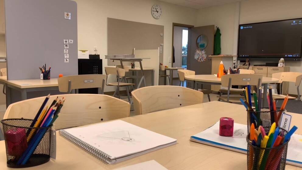 Häng med och kolla in nya skolan och hör barn- och utbildningschefen Thomas Nilsson berätta mer om den.