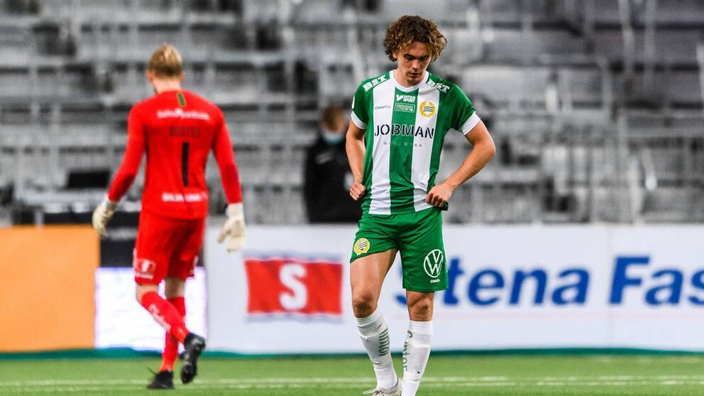 Hammarbys Kalle Björklund deppar.