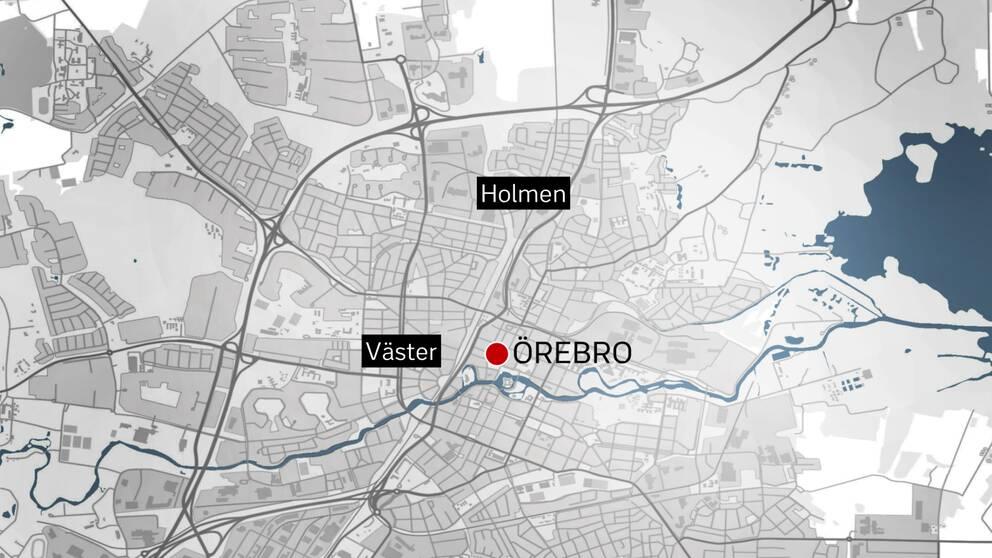Polisen fick till slut stopp på bilen i Holmen där föraren kunde gripas, därefter hittades även den andre mannen en bit bort – i området Väster dit han flytt till fots