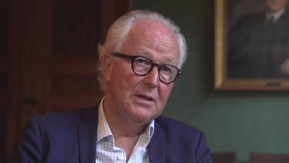 Nobelstiftelsens vd Lars Heikensten, intervjuad i Nobelstiftelsens lokaler.