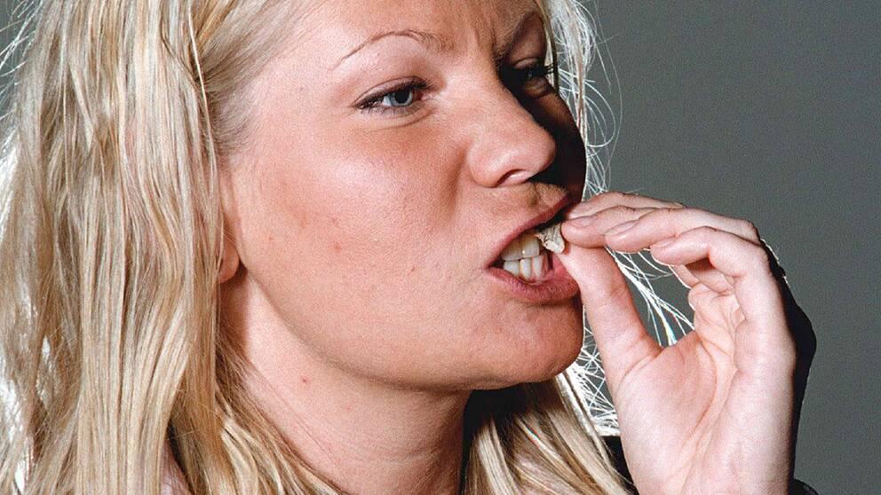 Politikerna i Uppsala väntas att inom kort fatta beslut om ett förbud för landstingsanställda i Uppland att lukta snus.