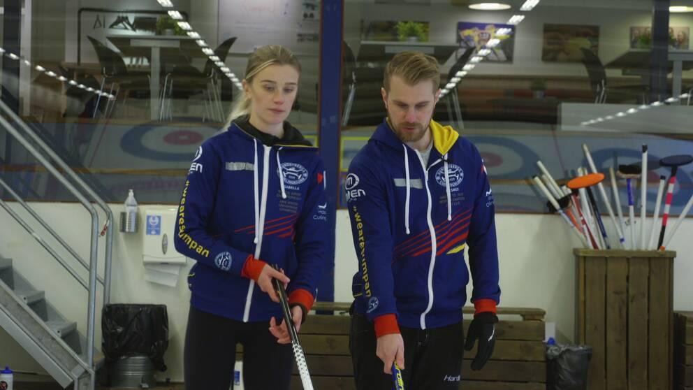 Isabella Wranå och Rasmus Wranå bildar mixeddubbellag tillsammans.