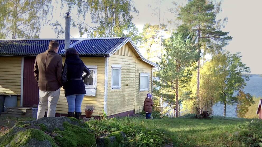 Visning av fritidshus i Arboga.