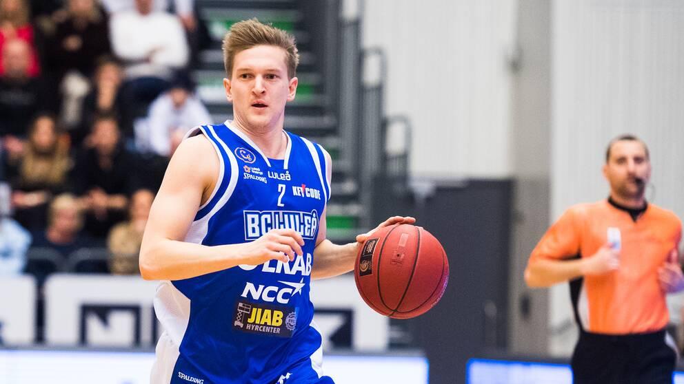 Adam Rönnqvist är tillbaka i Luleå.