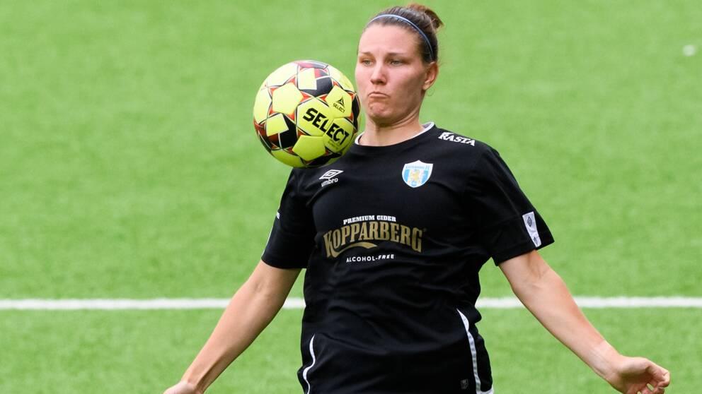 Göteborgs Natalia Kuikka under fotbollsmatchen i Damallsvenskan mellan Kopparbergs/Göteborg och Kristianstad den 28 juni 2020 i Göteborg.