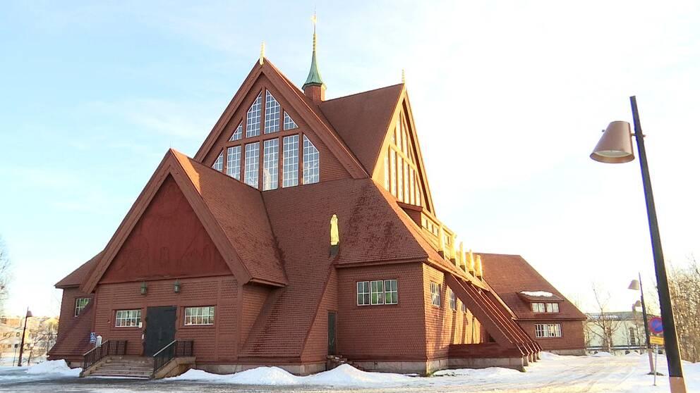 vybild under vintern över Kiruna kyrka