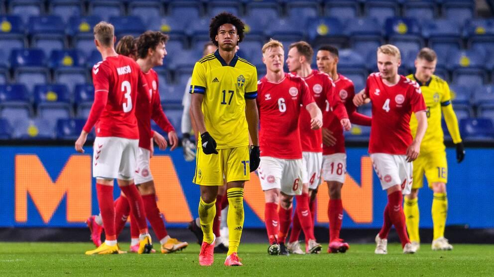 Jens Cajuste deppar efter Danmarks 2-0.