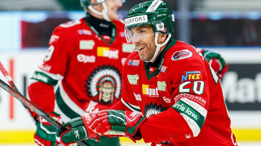 Frölundas Joel Lundqvist jublar efter 1-0 mot Färjestad.