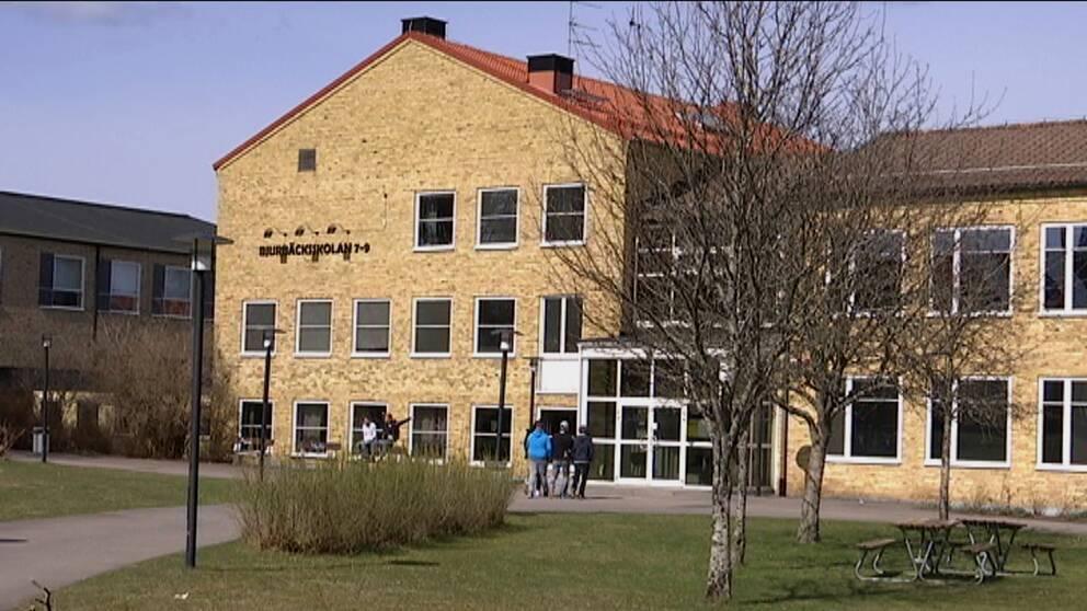 Bjurbäckskolan i Emmaboda får distansundervisning från och med måndag.