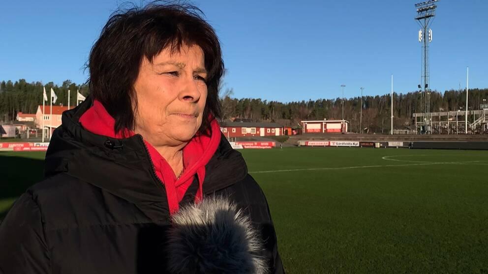 Hör klubbchefen Suzanne Hällströms vädjan till fansen om ett smittsäkert firande.