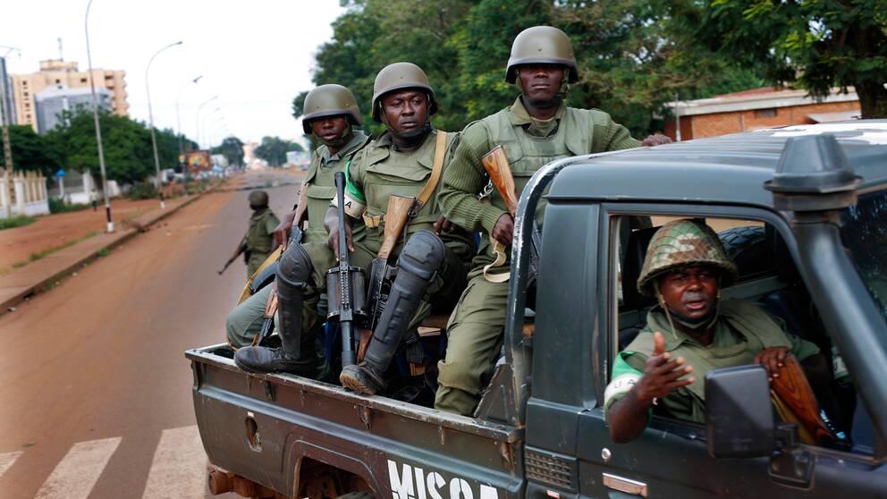 Fredsavtal paskrivet i centralafrikanska republiken