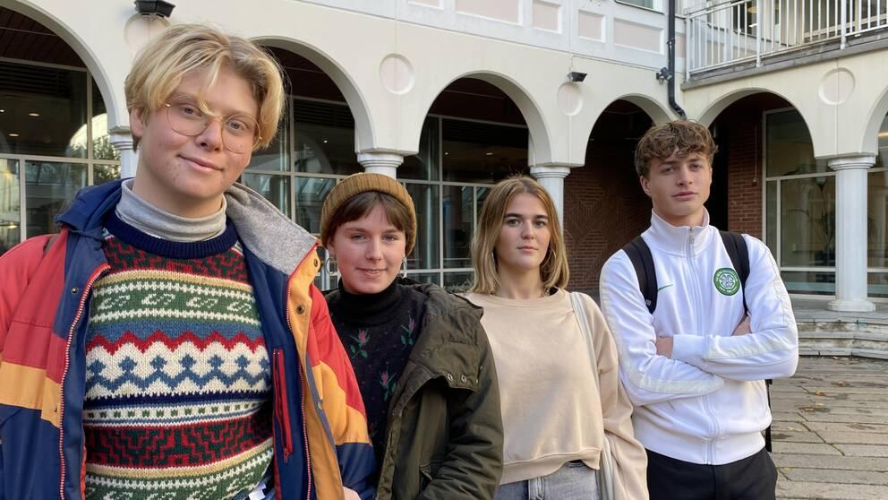 Fyra elever på gymnasieskolan Spyken.