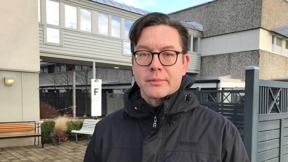 Erik Backhaus, överläkare på infektionskliniken på Skaraborgs sjukhus