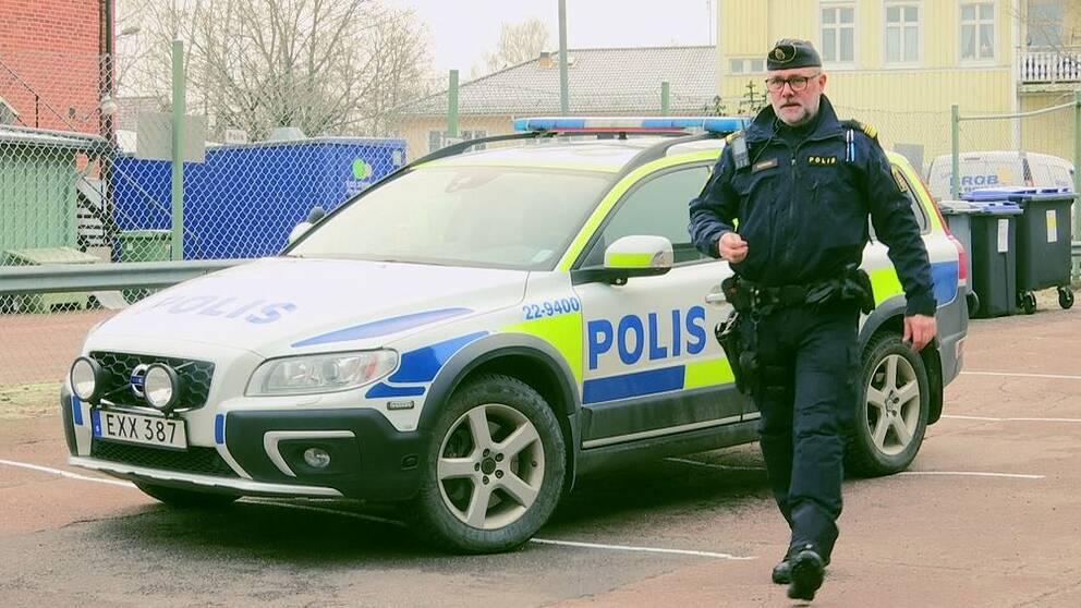 Thomas Nyberg, gruppchef LPO Torsby, berättar om behovet av fler poliser.