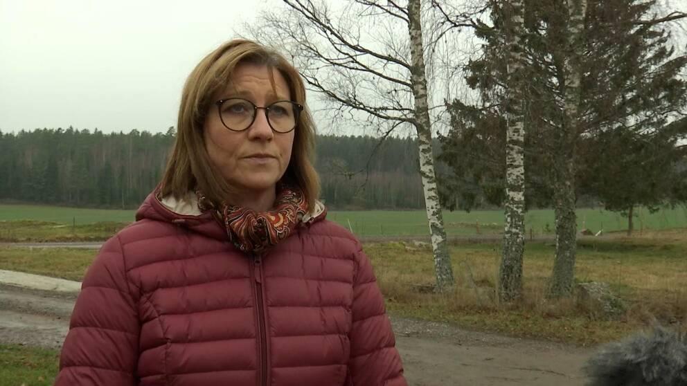 Hör Stina Höök (M), ordförande i den regionala utvecklingsnämnden, om vilka åtgärder som krävs för att få kompetent arbetskraft framöver.