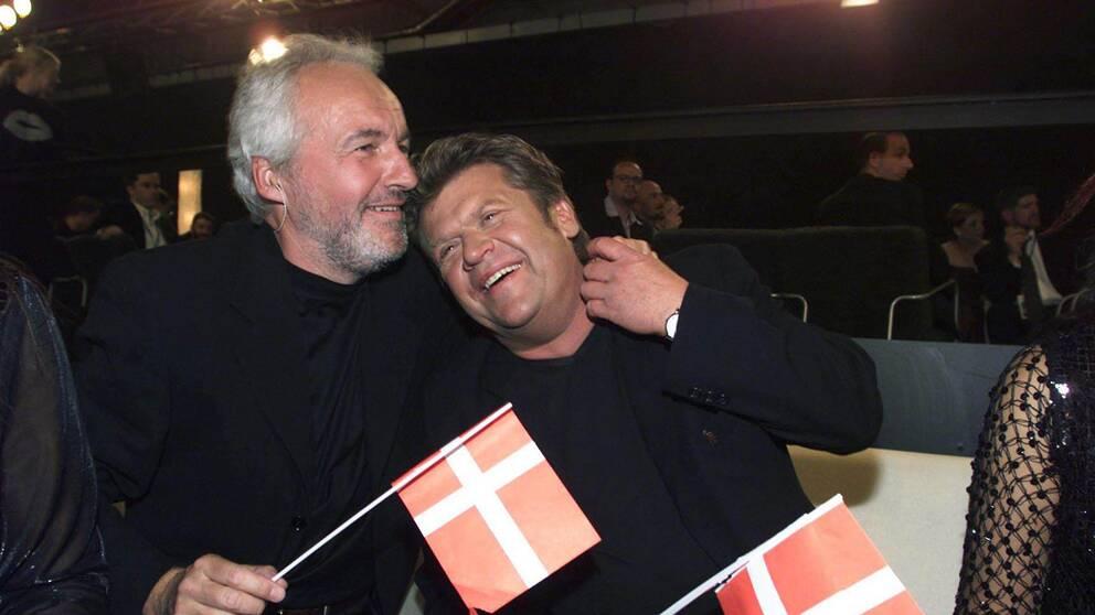"""Danmark vinner 2000 med Olsen Brothers: """"Fly on the Wings of Love""""."""