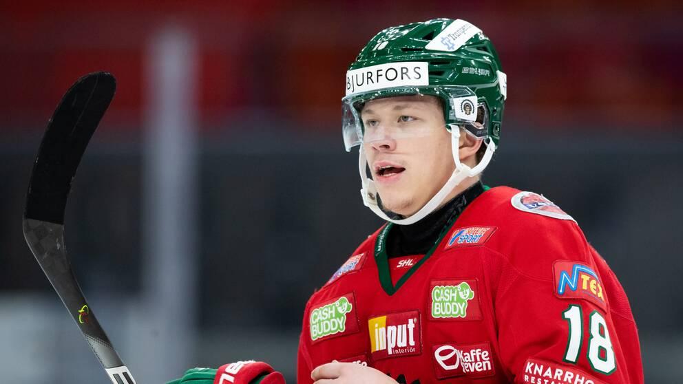 Frölundas Lucas Raymond är en av spelare i svenska JVM-truppen.