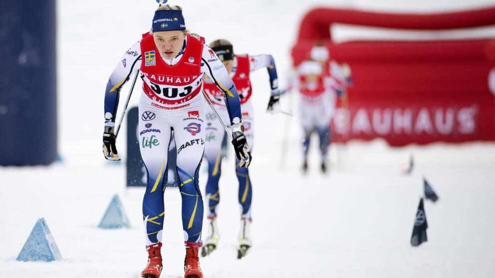 Linn Svahn tog hem segern i träningstävlingen i Östersund.
