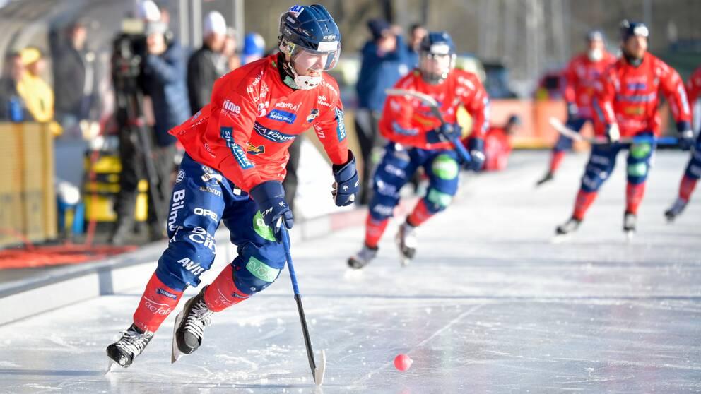 Edsbyn kryssade mot Sandviken.