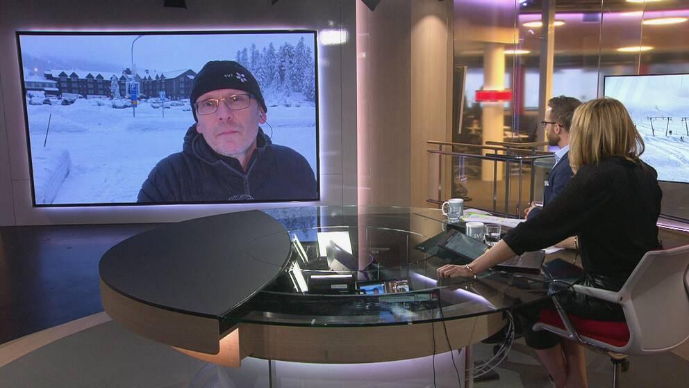 Se SVT:s reporter, Patrik Qvicker, berätta mer om de åtgärder som verksamheterna i Sälenfjällen vidtagit för att minska smittspridningen.