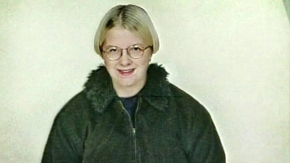 gammal porträttbild på en ung tjej