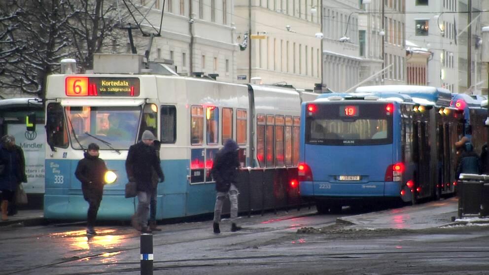 Linje 6 är en av de spårvagnslinjer som berörs av störningarna.
