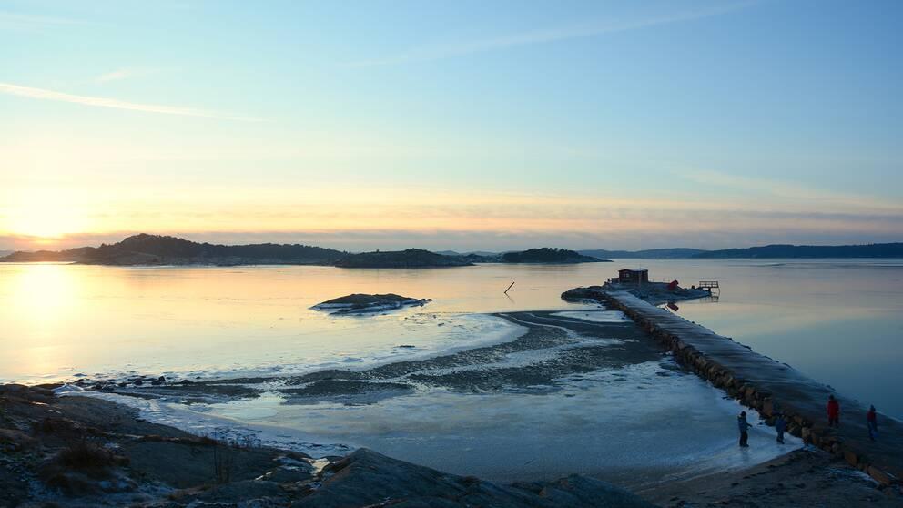 Källsnäs badplats i Jörlanda , Stenungsund, Bohuslän, 16 Januari.