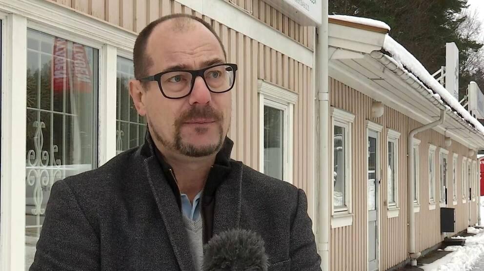 Hör städfirmeägaren Mattias Holmgren berätta vad han tror ökningen beror på.